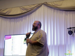 mangocon2016_sam_speaking